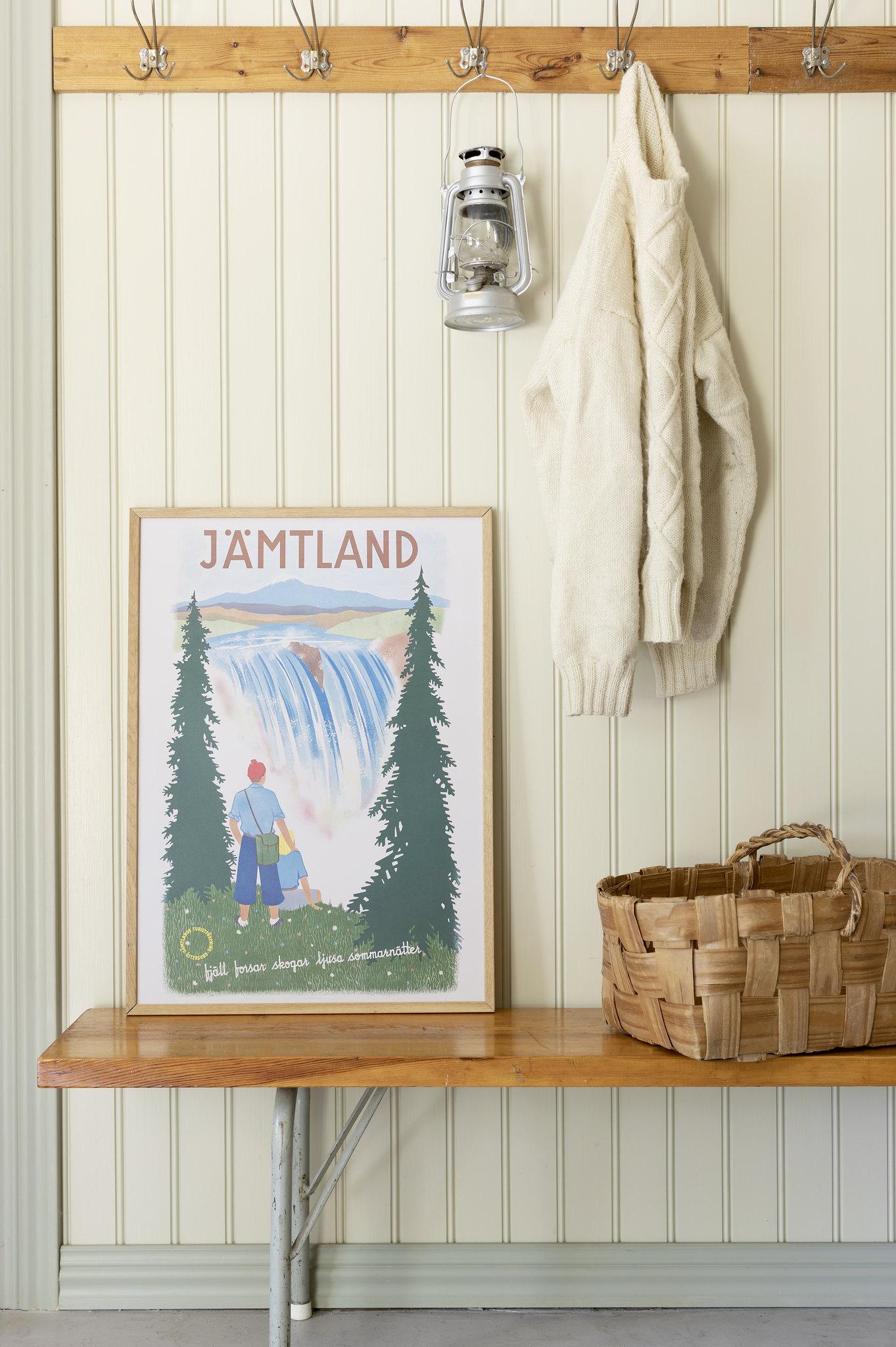 Affisch som föreställer Hällingsåfallet i Jämtland